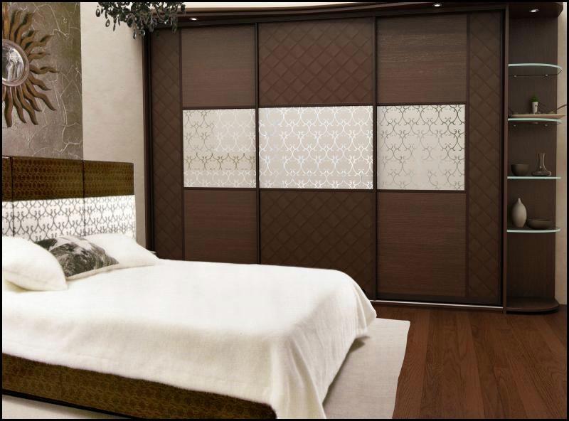 Корпусную мебель для спальни вы можете заказать у нас. На мебельной фабрике «Альфа» Вы можете купить шкафы в спальню  и другую мебель по индивидуальному проекту. Шкаф для спальни нужен в любой спальной комнате. В спальню выбирают обычно не только красивые, но и функциональные шкафы в спокойных цветовых тонах. Мы создадим эскиз, изготовим,  доставим и установим заказанный вами шкаф в Вашей квартире.. Для каждого нашего клиента мы всегда сможем подобрать оптимальное соотношение цены и качества.