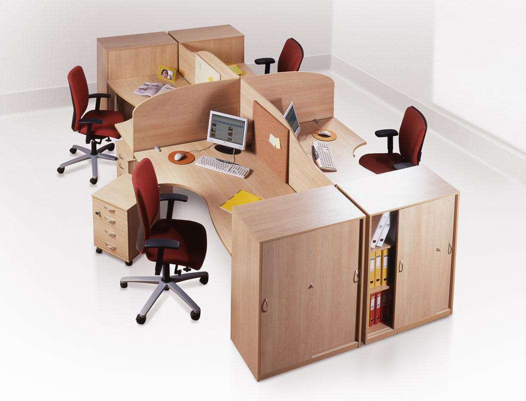Мебельная фабрика «Альфа» предлагает индивидуальный подбор параметров и элементов в зависимости от нужд и потребностей каждого предприятия и выполняемых сотрудником задач и функций. Подвижные модули позволяют с легкостью оптимизировать и расширить пространство, что делает работу в офисе  удобной и комфортной. Еще одним достоинством мебельной фабрики Альфа – возможность подстроиться под каждого конкретного работника и тем самым повысить его эффективность работы на предприятии, а, значит и эффективность предприятия в целом.